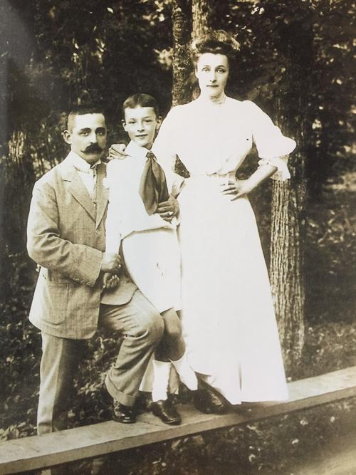 VN, his mother and her brother, VN's Uncle Ruka, Vyra, 1908. © The Vladimir Nabokov Literary Foundation.
