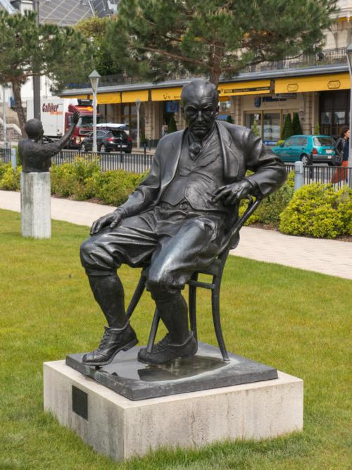 The Nabokov Monument in the garden of Montreux Palace by Alexander and Philipp Rukavishnikov. It was unveiled in 1999 on VN's birthday and centenary, 23 April, by Dmitri Nabokov. (See Delage-Toriel)